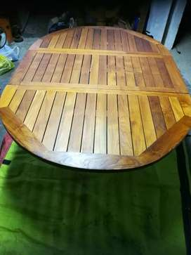 Price reduced :Extendable solid Teak table for sale