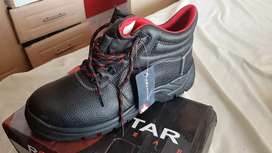 Safety boots Brand New Unused Size 9