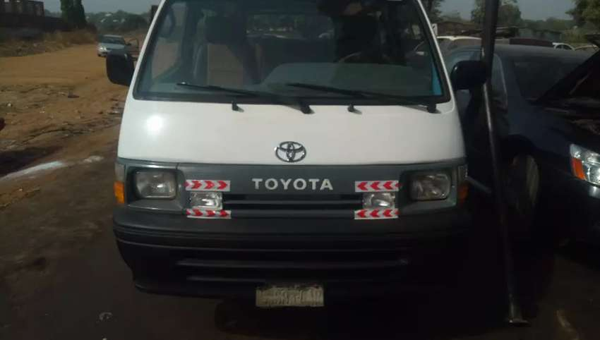 TOYOTA HIACE BUS 2RZ FOR SALE 0