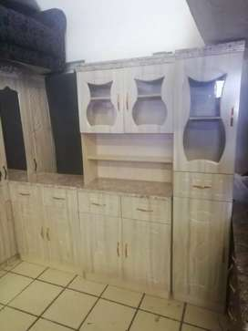 Brand new 3 pieces Kitchen cupboard of excellent quality.