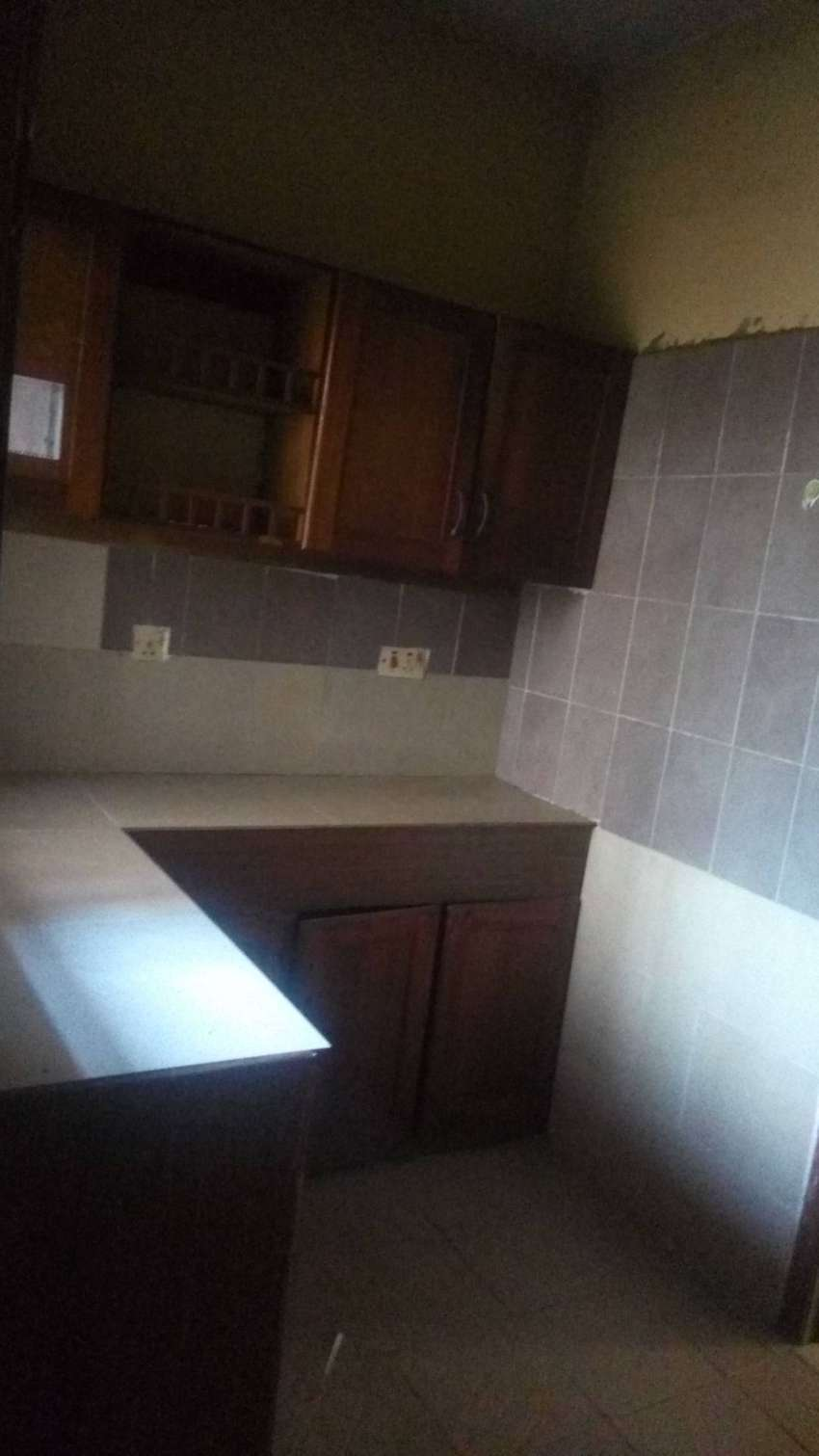 3 bedroom executive flat with clean and enough space for children 0