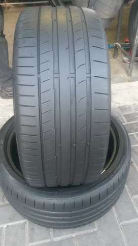 2×255/35/19 two Continental tyres for sale