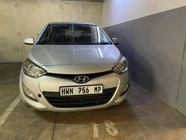 Hyundai i20 1.4l fluid face lift *rare find*