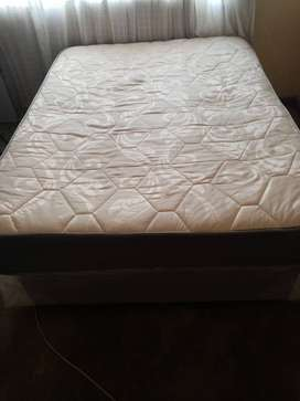 Bed For Sale-R1000.