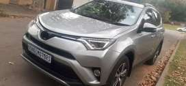 TOYOTA RAV4 WITH SERVICE BOOK AND SPARE KEYS 2.0