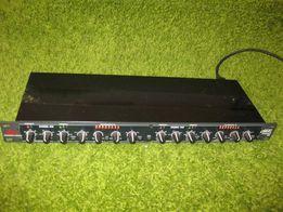 Продам рековий компресор / гейт DBX 266 XL у відмінному стані.