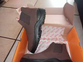 Interceptor HI TEC safety boots. Brand new size 9