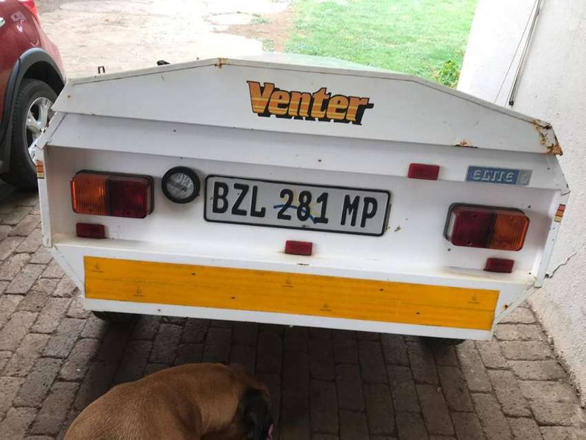 Venter Elite 6 trailer, 2 tents and a lot of camping accessories 0