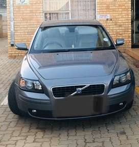 Volvo s40 T5, R 55000