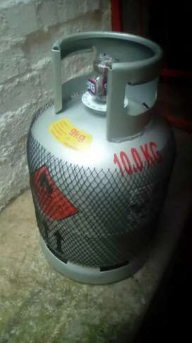 Gas bottles with gas
