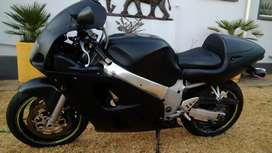 Suzuki 600 srad to swap