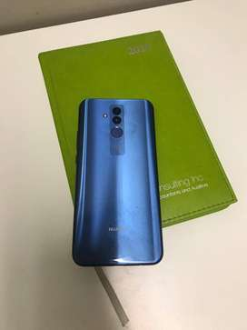 6 months old Huawei Mate 20 Lite