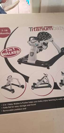 Titanium 3in1 walker black and white