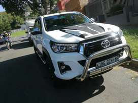 2019 TOYOTA HILUX 2.8 AUTOMATIC DIESEL