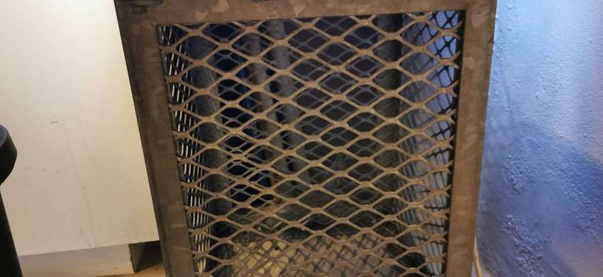 5 Galvanized steel cages can be sold separately 0