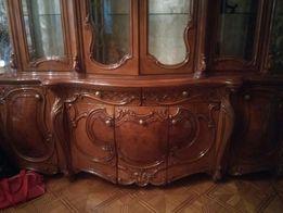 Срочно! Продаю мебель итальянской работы.