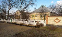 Продам 2 добротных каменных дома, на участке 65 сот.в Н.Збурьевке.