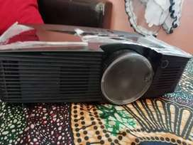 Acer projector with cables n bag