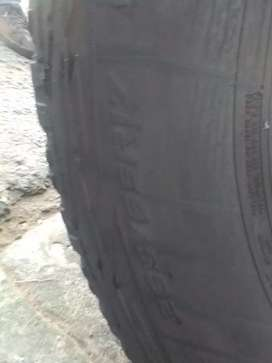 4 quality used tyres for sale 265/65/R17 Cooper discoverer