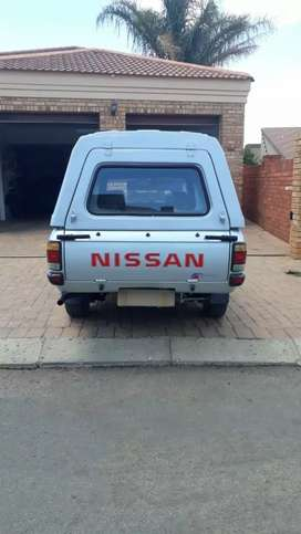Nissan 1400 with canopy for sale
