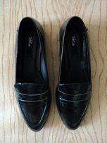 Новые Лоферы черные лаковые туфли низком мокасины кожзам кожа эко zara
