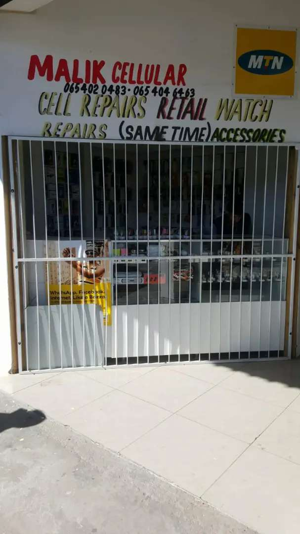 Cell phone shop for sale 0