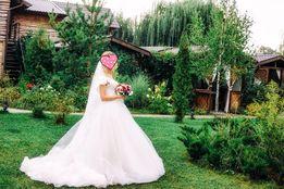 Шыкарное свадебное платье