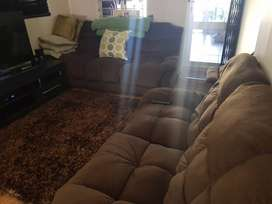 Excellent condition...6 seater loungeset