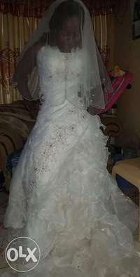 Wedding gown for sale at Nairobi 0