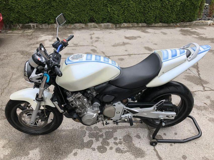 Honda Hornet 600 0