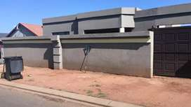 House for Sale in Lenesia Ext 13