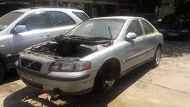 Stripping s60 (2003) 2.4t -body parts available