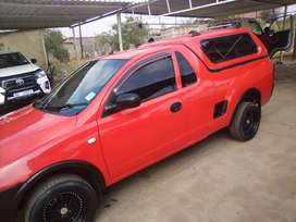 1.4 Corsa Chevrolet 2011 model Bakkie with a canopy