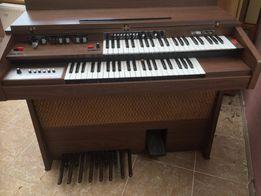 Pianino Hohner Weekend C elektryczne.