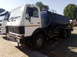 Mercedes-Benz 2219 water tanker for sale