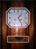 Часы механические настенные с боем..