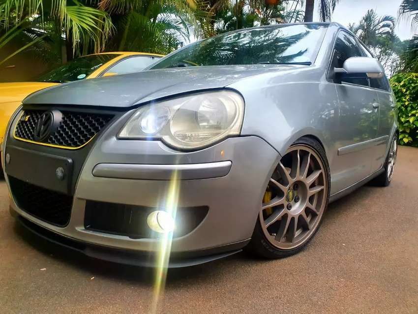 Polo Cupra Lips DBN 0