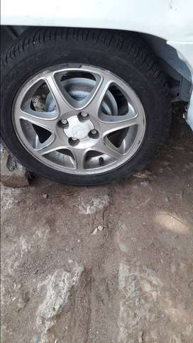 Opel corsa 15inch mags