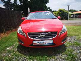 2013 Volvo S60 T4 Excel Manual