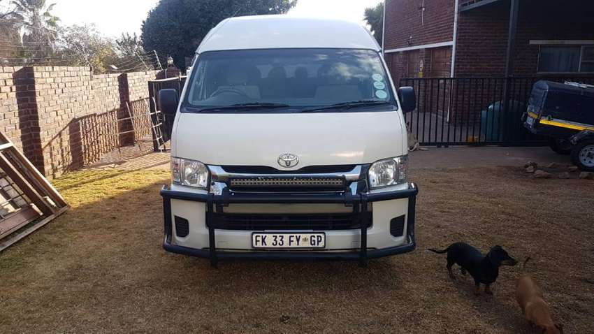 Toyota Quantum 2.5 D-4d 14 Seat for Sale (Used) 0