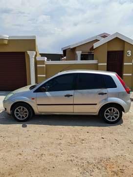 Selling my ford fiesta 2007 model, if you want to swap im willing
