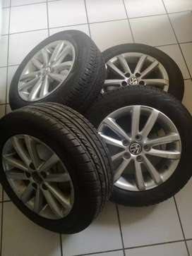 Polo vivo mag rims and tyres forsale R3900