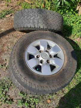 """Toyota 15"""" mags"""