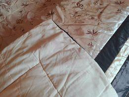 Роскошное новое покрывало и наволочки на двуспальную кровать