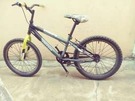 Mojo mountain bicycle 20