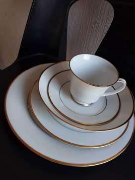 Noritake dinner 30 piece set