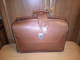 Продам портфель советского образца.