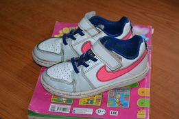 Кроссовки Nike, р. 28 стелька 18см Кожа.