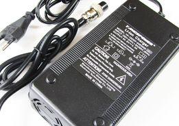 Szybka ładowarka do baterii Li-Ion 54.6V 3A - wtyk GX16 zakręcany