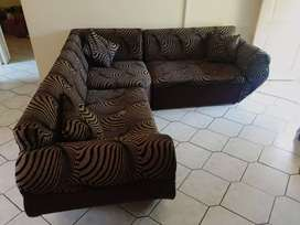 L shaped couches for R3000